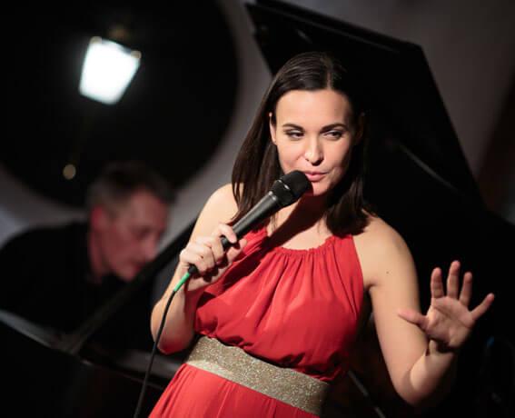 Nina Strnad - Glasba mora imeti srce - predogled